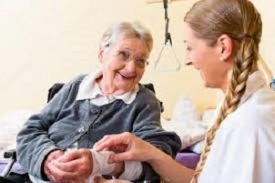 Enfermeiros Cuidadores de Idosos Moema - Enfermeira Particular