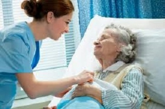 Onde Encontro Enfermeira para Idoso em Casa Sé - Enfermeira 24 Horas